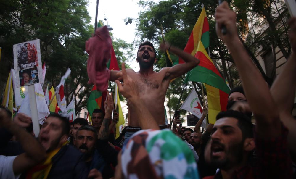 Κούρδοι στην Αθήνα/φωτό: Σπύρος Τσακίρης