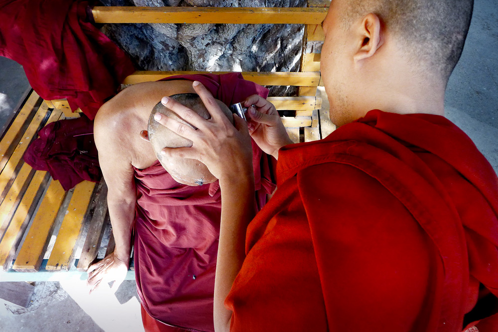10-from-above-monks-shaving-each-other