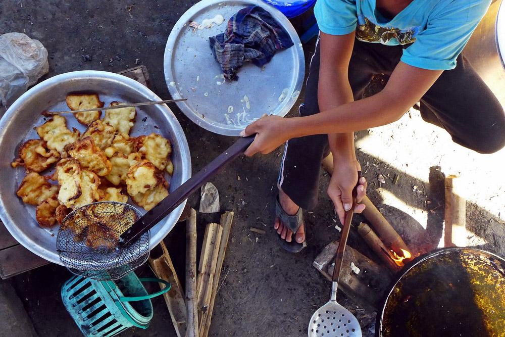 10-from-above-street-food-pindaya