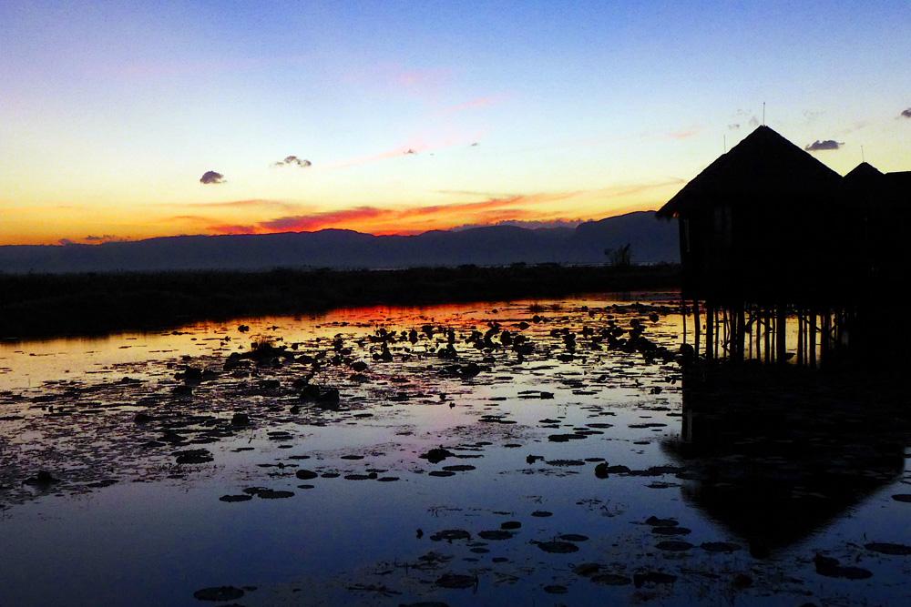 13-lake-inle-sunset