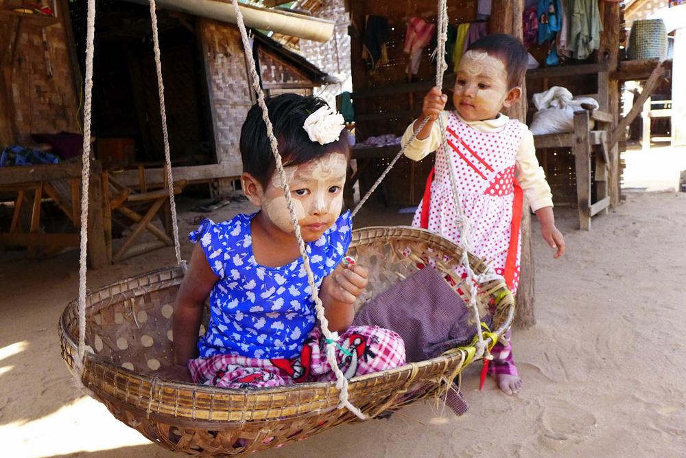 4-thanaka-paste-minnanthu-village