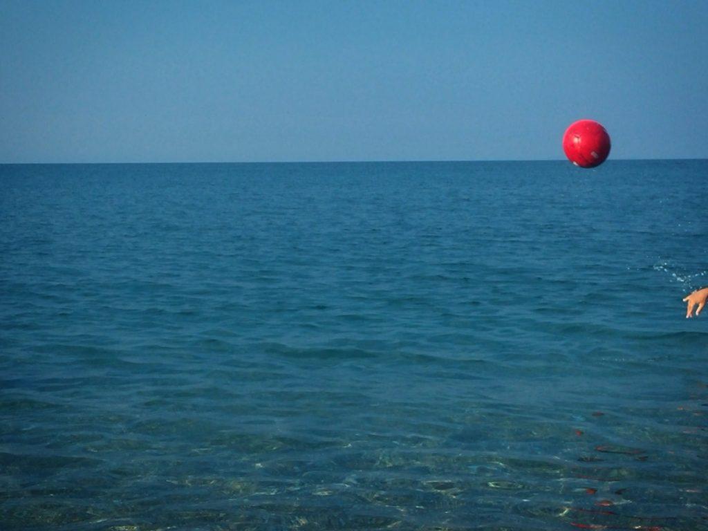 Κόκκινη Μπάλα, Αγιόκαμπος/ φωτό: Ρούλα Σιλιντζή
